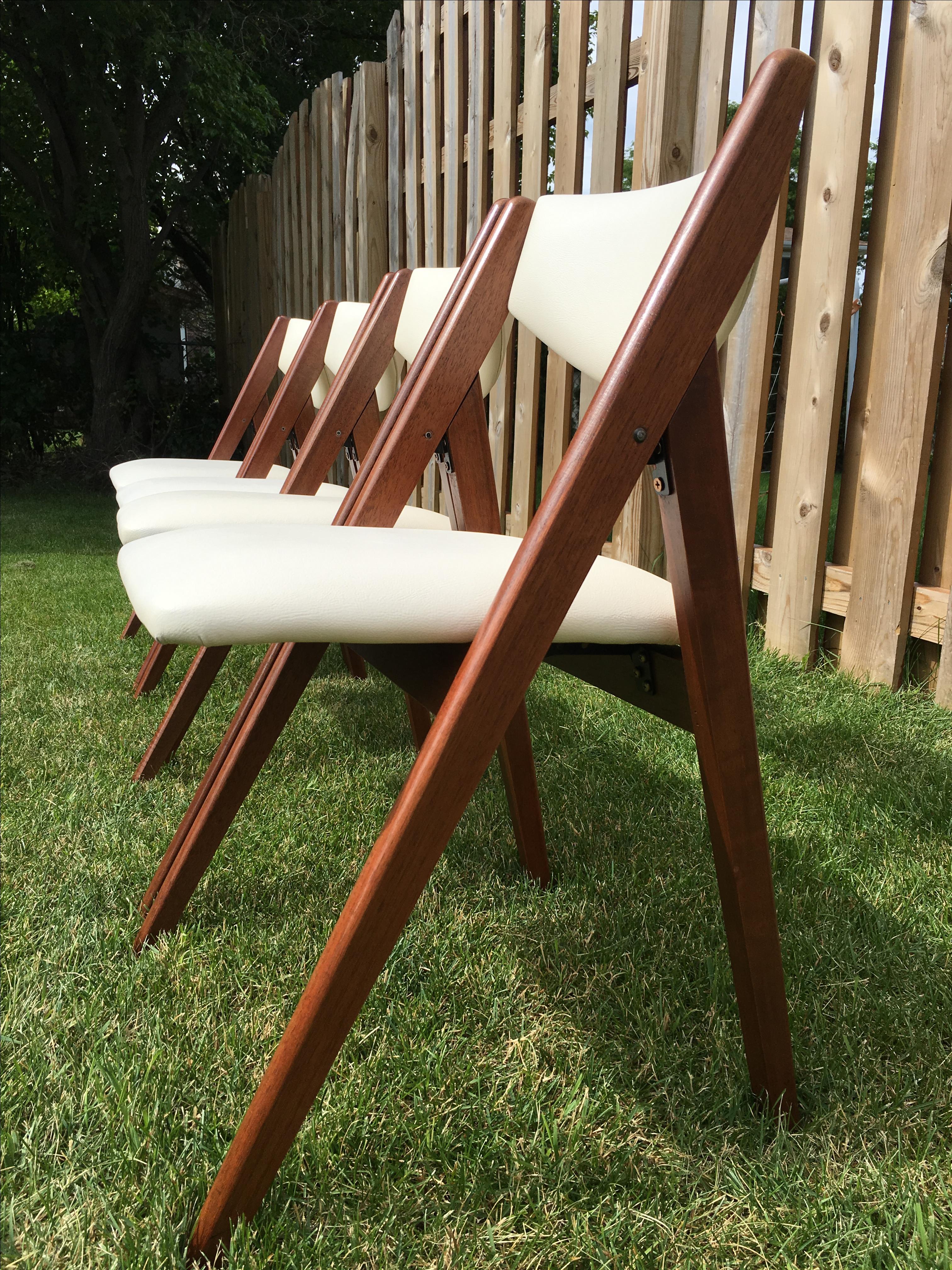 mid century stakmore folding chairs set of 4 chairish
