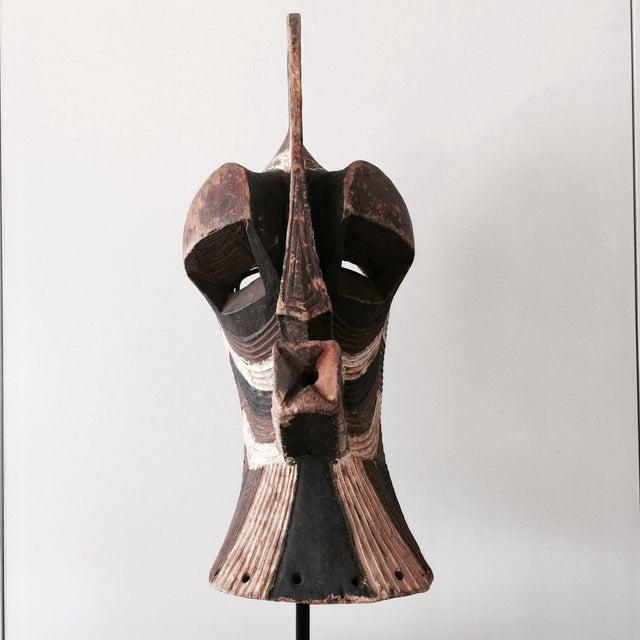 """Songeye Kiwebe """"Police"""" Mask 4 - Image 4 of 4"""