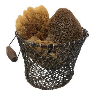 Metal Mesh Basket with Sponges
