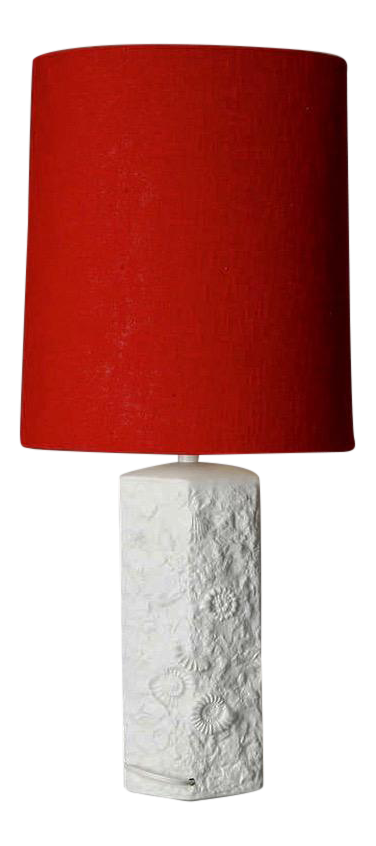 midcentury bisque porcelain sculpted shell table lamp with red shade