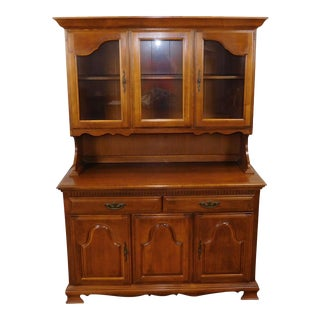1980s Solid Maple Dining Room Kitchen China Cabinet Hutch