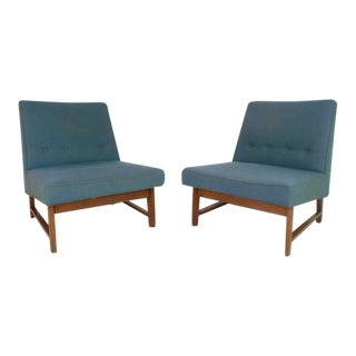 Pair of Mid-Century Modern Roger Sprunger for Dunbar Lounge Chairs