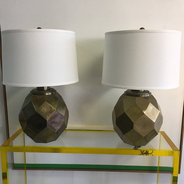 1977 Faceted Chapman Brass Lamps - a Pair - Image 2 of 8