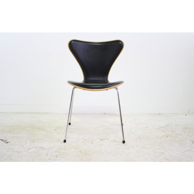 Arne Jacobsen Series 7 Chair Black - 16 Avail. - Image 2 of 7