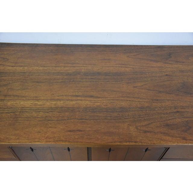 Broyhill Saga Star Studded Dresser - Image 9 of 11