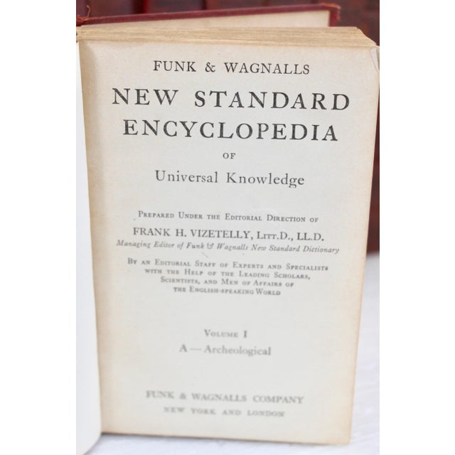 1930's Encyclopedia Set, S/25 - Image 8 of 9