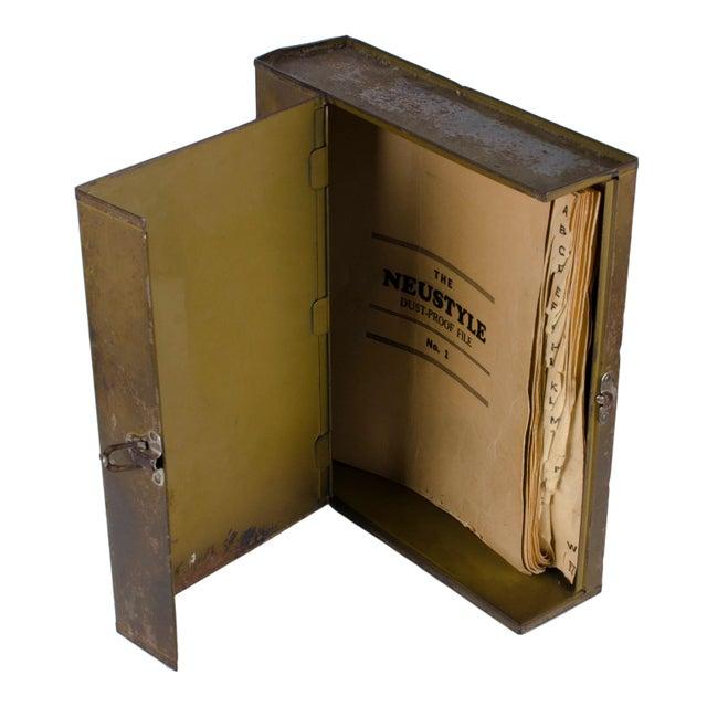 Vintage Metal Boxes 17