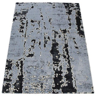 "Blue Abstract Pattern Rug - 7'7"" X 5'3"""
