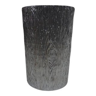 Bright Silver Plaster Tree Stump Stand