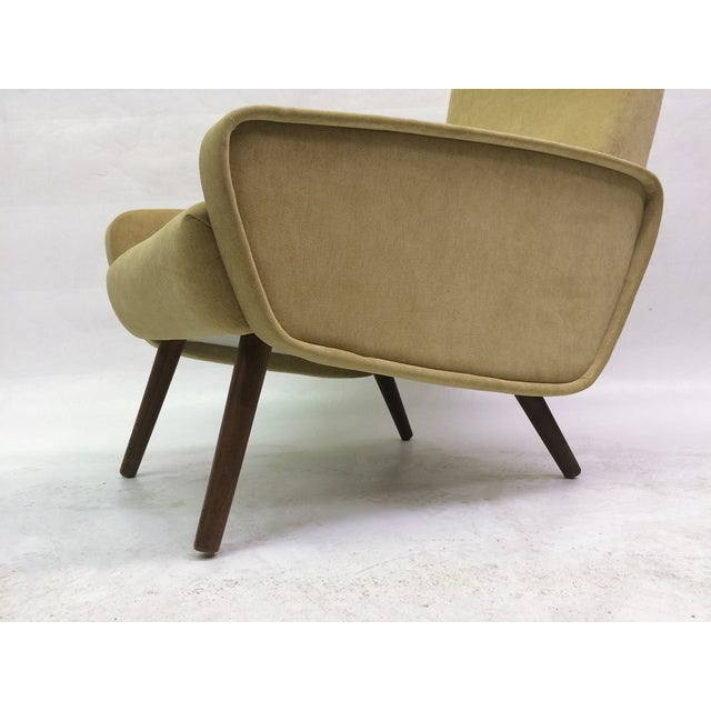 Image of Mid-Century Italian 1950s Recliner With Ottoman