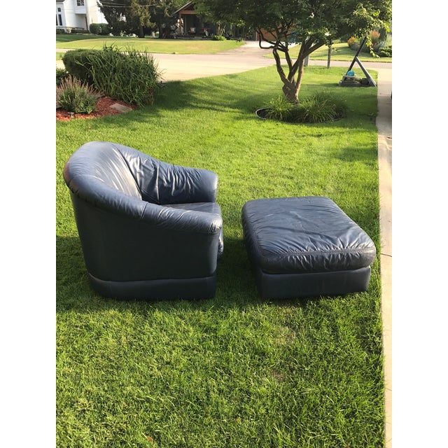 Mid-Century Modern Blue Leather Barrel Chair & Ottoman - Image 4 of 7