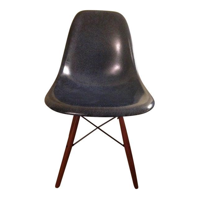 mid century modern eames fiberglass shell chair chairish. Black Bedroom Furniture Sets. Home Design Ideas