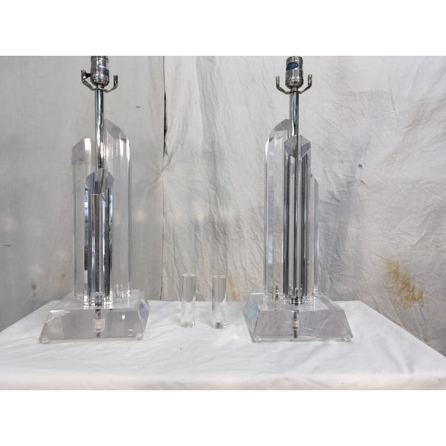 Mid-Century Acrylic Lamps - a Pair - Image 7 of 11