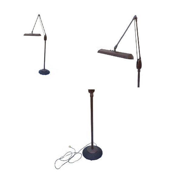 Vintage Midcentury Dazor Floor Lamp - Image 2 of 5