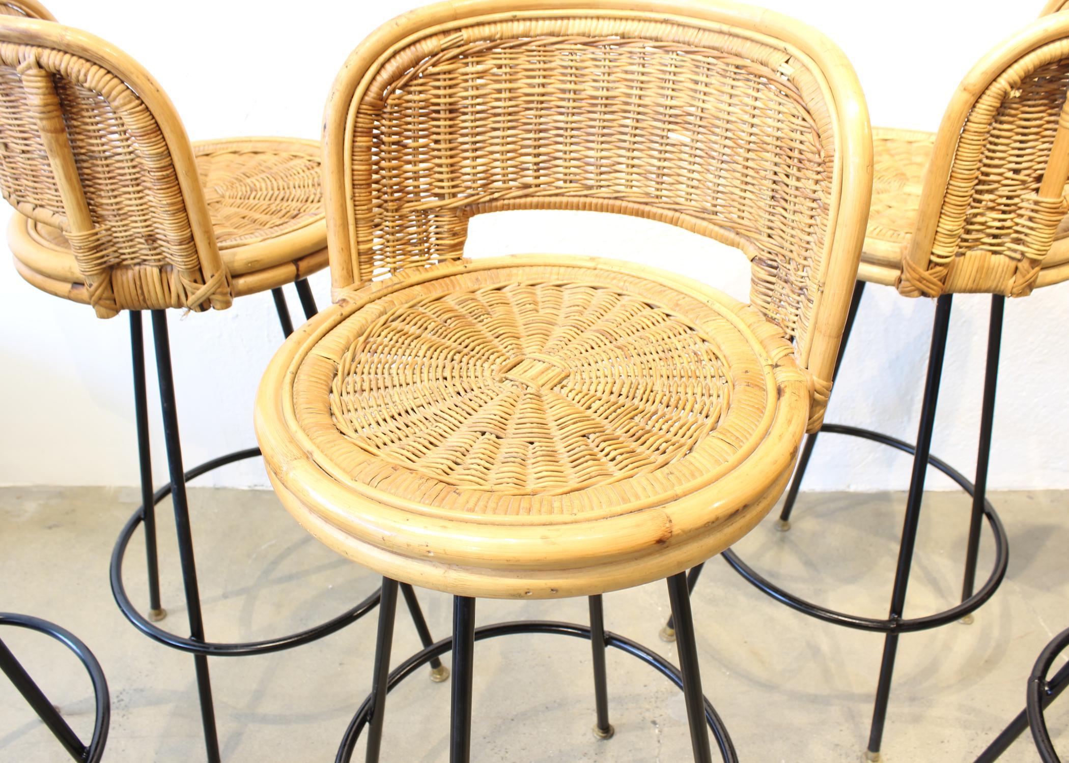 image of rattan u0026 wrought iron bar stools set - Wrought Iron Bar Stools