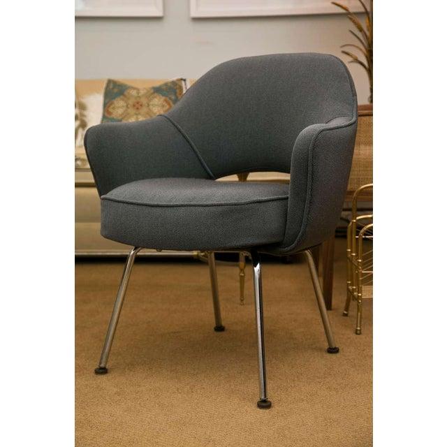 Saarinen Executive Armchair, Vintage Knoll Charcoal - Image 3 of 8