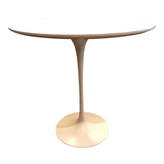 Eero Saarinen Knoll Tulip Side Table