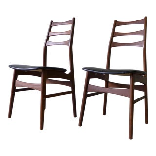 Danish Mid Century Modern Rosewood Dining Chairs, a Pair
