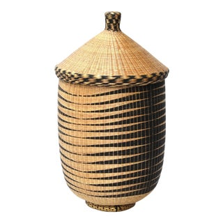 Large Lidded Tutsi basket