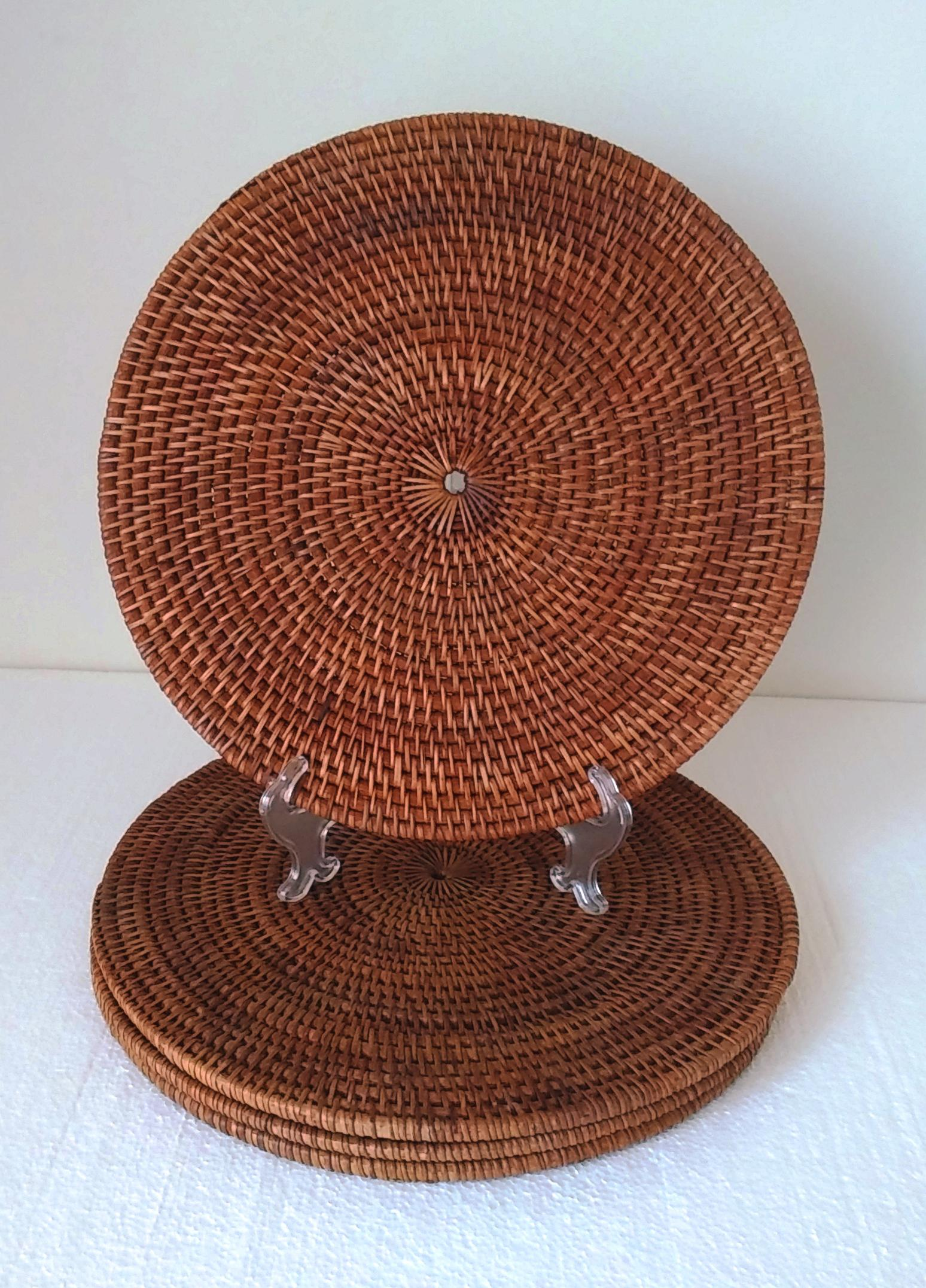 how to clean woven placemats