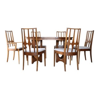 Broyhill Brasilia Dining Room Set