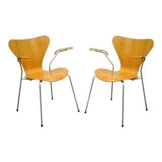 Danish Modern Fritz Hansen Arne Jacobsen Knoll Series 7 Arm Chairs - a Pair