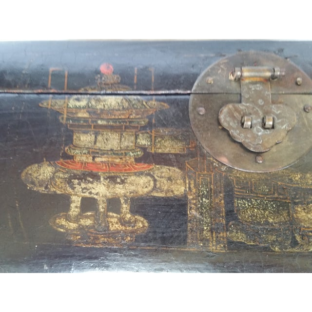 Image of 19th Century Chinoiserie Lacquer Box