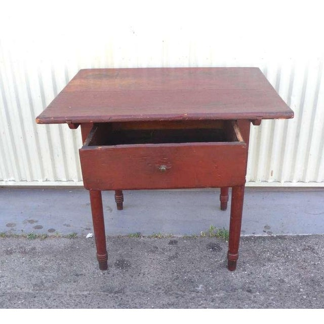 18thc Original Red Lift Top Tavern Table With Original Drawer - Image 9 of 10