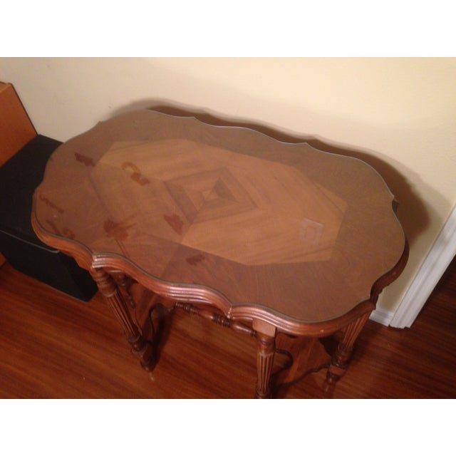 Vintage Traditional Wooden End Table - Image 3 of 4