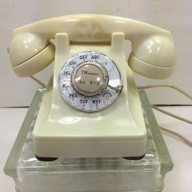 Western Electric 1953 Ivory 302 Telephone - Image 2 of 8