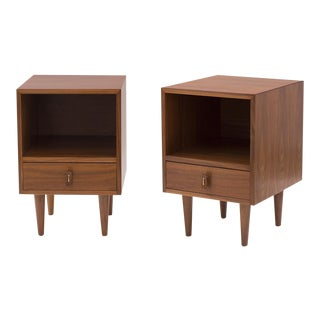 Stanley Young Glenn of California Walnut Nightstands