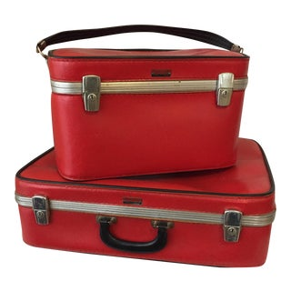 Vintage 1960s Travelaire Luggage - a Pair