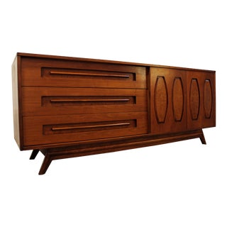 Mid-Century Danish Modern Young Mfg. Walnut/Burl Sliding Door Credenza