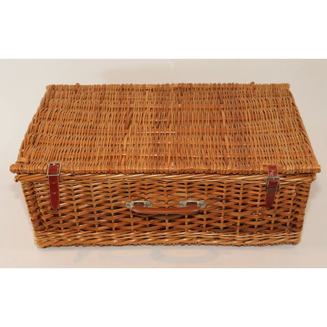 Picnic Baskets For 4 Ireland : Sheffield of england wicker picnic basket set chairish