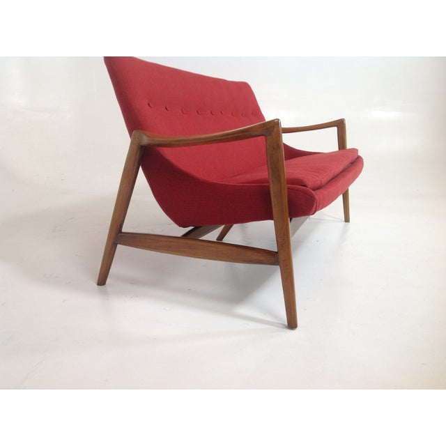 Red Chenille Mid-Century-Style Lounge Sofa - Image 4 of 6