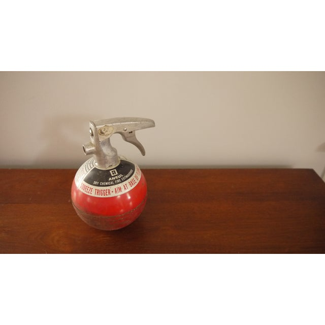 Round Red Fire Extinguisher - Image 4 of 6