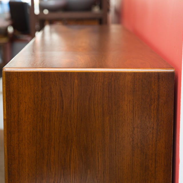 Mid Century Bookcase/China Hutch by Lane - Image 5 of 6