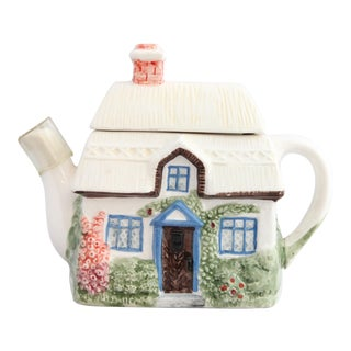 Charming Vintage English Ceramic Cottage Teapot