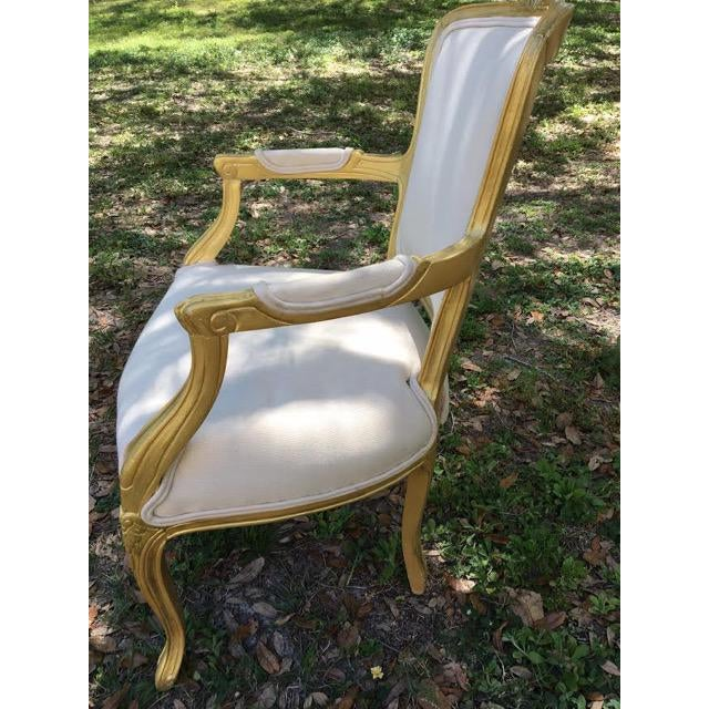 Vintage Ivory Linen Upholstered Armchairs - A Pair - Image 4 of 7