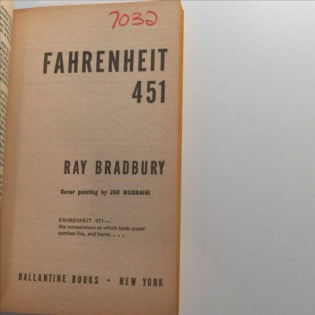 analyzing fahrenheit 451 by ray bradbury