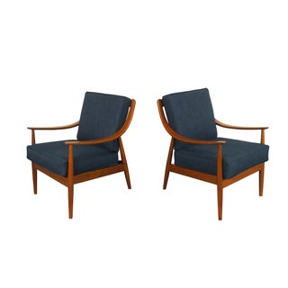 Peter Hvidt Style Mid-Century Modern Lounge Chairs
