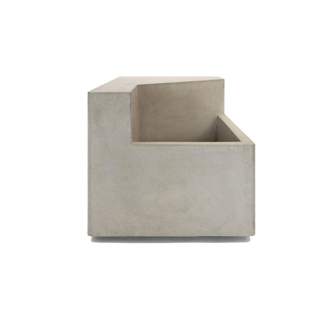 The Scarpa I Cast Concrete Bench or Planter - Image 3 of 6