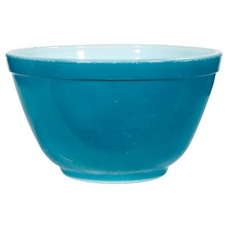 1960s Pyrex Blue Mixing Bowl
