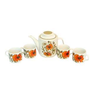 J & G Meakin Poppies Teapot & Cups