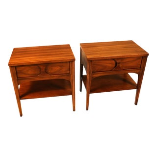 Pair Kent Coffey Perspecta Rosewood Pecan Nightstands tables