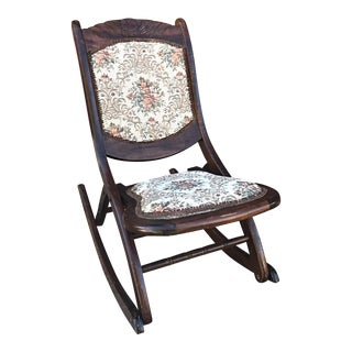 Foldable Victorian Rocking Chair