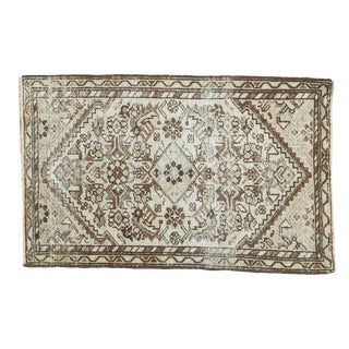 "Distressed Antique Malayer Mat - 1'9"" X 2'9"""