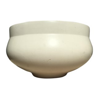 White David Cressey Architectural Pot