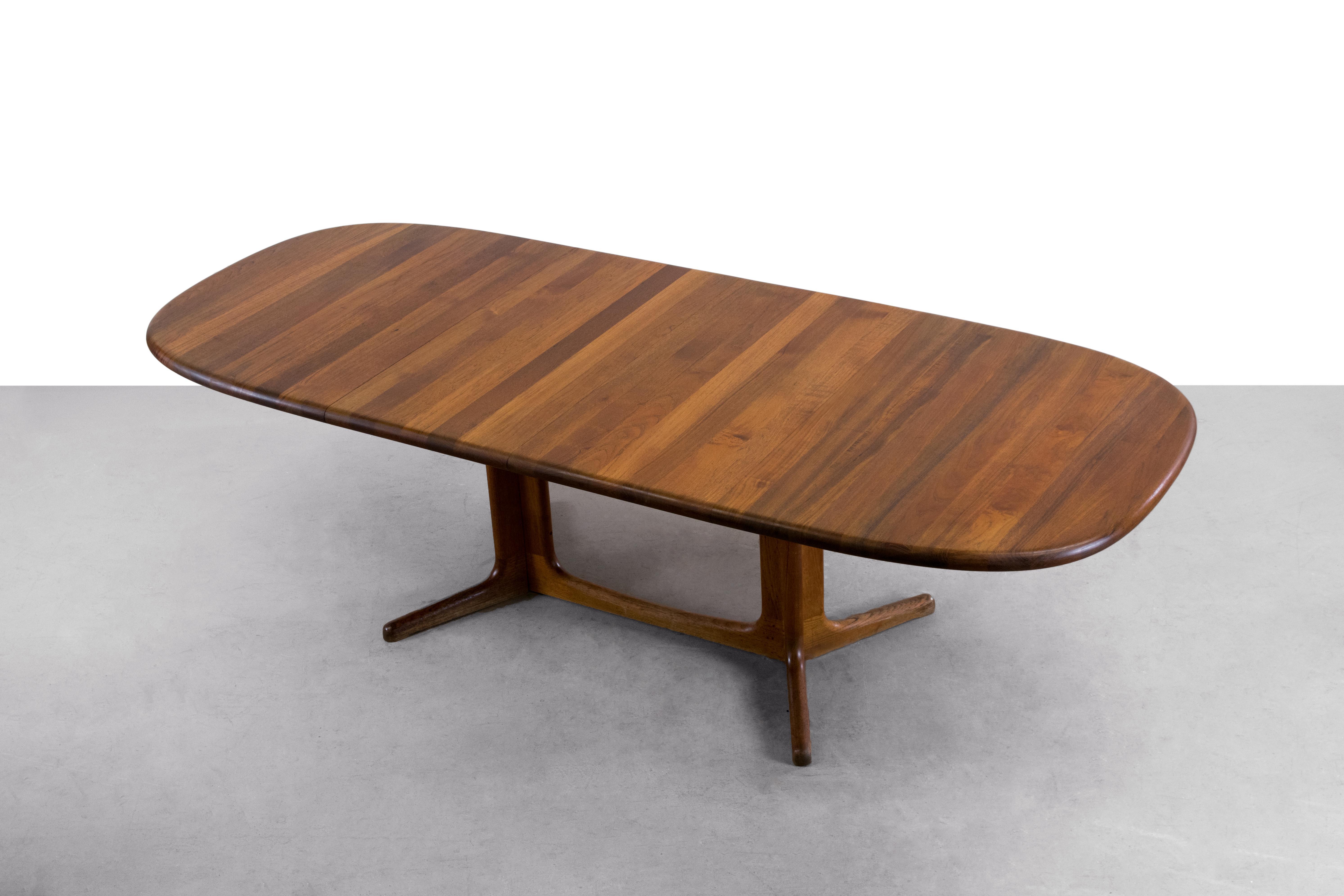 Solid Teak Danish Modern Extension Dining Table Chairish : c7c6fff8 2306 48e2 bf32 f92f84a56673aspectfitampwidth640ampheight640 from www.chairish.com size 640 x 640 jpeg 24kB