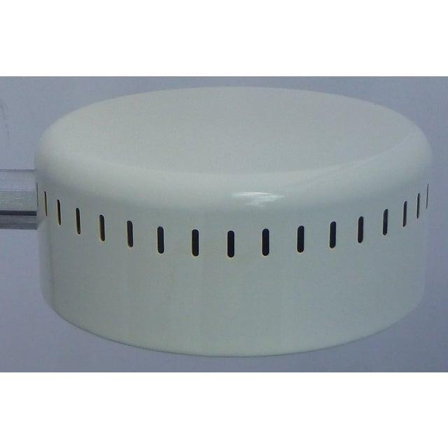 Mid Century Pan Head Lamp, Robert Sonneman - Image 6 of 9